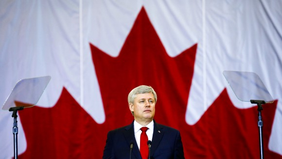 Canadian Prime Minister Stephen Harper speaks at a news conference in Richmond Hill, Ontario January 30, 2015. REUTERS/Mark Blinch