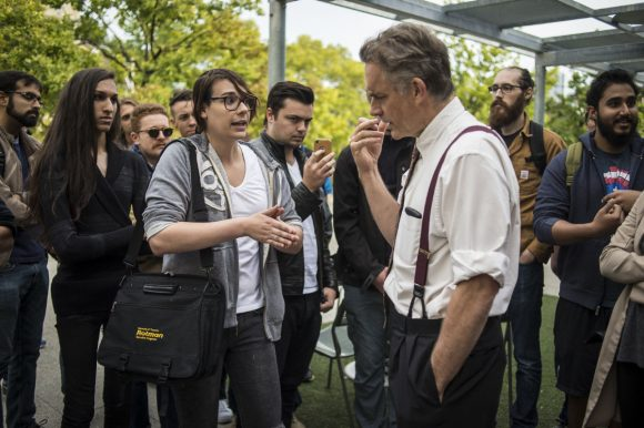 Jordan Peterson, a University of Toronto professor who refuses to use gender neutral pronouns during a heated discussion with some students in the downtown campus, Toronto, Tuesday, October 11, 2016. (Image: Eduardo Lima / Metro News)