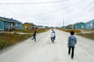 Kashechewan First Nation, isolation, stagnation, Canada, economy