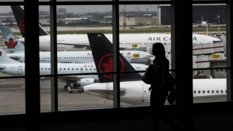 Canada's airports may not survive without the help of the private sector.